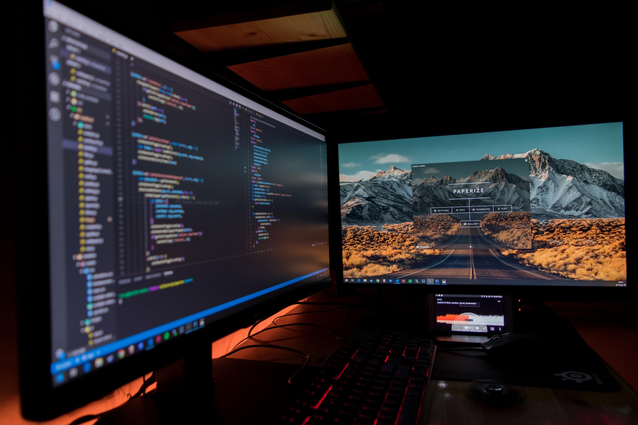 Doradzamy, jak wybrać monitor komputerowy do rozrywki i pracy
