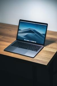 """Dell Laptop Inspiron 3567 Win10 i3-6006U 1TB 4GB DVDRW R5 M430 15.6""""FHD 1YNBD + 1YCAR CZARNY"""